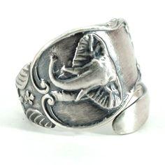 Elephant Ring Sterling Silver Spoon Ring North African by Spoonier Spoon Jewelry, Spoon Rings, Jewlery, Funky Jewelry, Vintage Jewelry, Elefante Dumbo, Elephant Jewelry, Elephant Art, Elephant Rings
