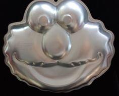 Wilton Whiskers Happy Kitty Kitten Cake Pan Jello Mold