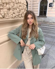 Fashion 2019 New Moda Style - fashion Classy Outfits, Stylish Outfits, Vintage Outfits, Mode Ootd, Mode Hijab, Mode Outfits, Fashion Outfits, Fashion Clothes, Look Blazer