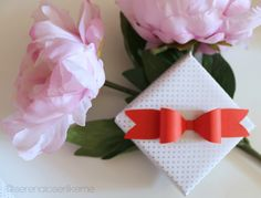 ❤ Valentine's Day Gift Wrapping Ideas! ^-^   Free Bow Template❤ #printable #template #freebie #freebies #free #freetemplate #valentinesday #happyvalentinesday #sanvalentino #buonsanvalentino #pacchetto #pacchetti #giftwrapping #giftwrappingidea #giftwrappingideas #gift #giftidea #gifts #present #regalo #idearegalo #regali #dolce #sweet #cute #tumblr #pinterest #DY #DIYs #youtuber #youtubeita #serenaloserlikeme #fiocco #bow #ribbon #bows #amore #love #iloveyou #romantico #romantic #tutorial