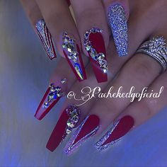 New Red Stiletto Nails Glitter Bling Ideas Sexy Nails, Dope Nails, Glam Nails, Fancy Nails, Ongles Bling Bling, Rhinestone Nails, Bling Nails, Bling Nail Art, Red Acrylic Nails