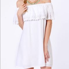 White Billabong Summer Days Off The Shoulder Dress Beautiful spring/summer off the shoulder dress. Never worn. Perfect for special occasions or for casual wear as well. Feel free to make an offer. Billabong Dresses Strapless