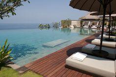 Relaxing Infinity Pool Overlooking Great View Bulgari Resort And Spa In Bali