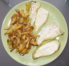 Jak připravit papriky plněné sýrem s pečenými bramborami | recept Meat, Chicken, Healthy, Health, Cubs
