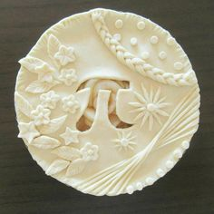 Crust for March pi/pie day Cupcakes, Cupcake Cakes, Just Desserts, Delicious Desserts, Beautiful Pie Crusts, Pie Recipes, Dessert Recipes, Pie Crust Designs, Pie Decoration