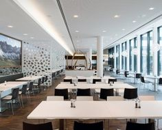 Restaurant Design  #designstühle #designerstuhl  #Schwarzsessel See also: https://www.brabbu.com/en/inspiration-and-ideas/