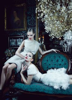 Emma Summerton photographs Lily Donaldson and Cara Delevingne for the January issue of W Magazine. Editorial styled by Edward Enninful. Cara and Lily wear Chanel. Fashion Week, Love Fashion, High Fashion, Arty Fashion, Fashion Shoot, Melodie Monrose, Emma Summerton, Fashion Fotografie, Pictures Of Lily