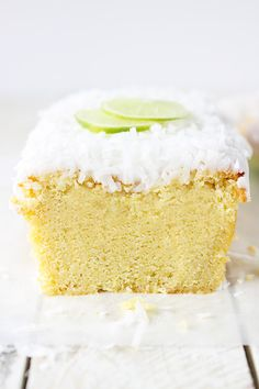 Coconut Lime Pound Cake | Calling all conscious foodies at foodiehaven.com
