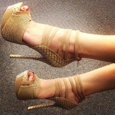 huge discount 3591d 5aa8b Sexy serpentine Peep Toe Six Ankle Strap High Heel Shoes