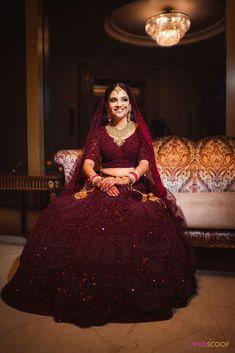 Indian Bridal Photos, Indian Bridal Outfits, Indian Bridal Fashion, Indian Fashion Dresses, Indian Bridal Wear, Indian Designer Outfits, Indian Wedding Dresses, Bridal Hijab Styles, Bridal Dresses