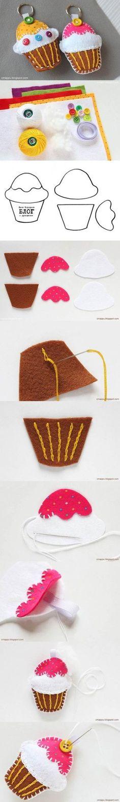 DIY Felt Cupcake Keychain 2                                                                                                                                                      More