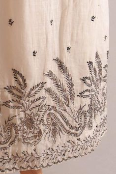 TextileTuesday: Elegant & delicate silver embroidery on white cotton gauze evening dress, English, c. 1805, KSUM 1983.1.27. Kent State University Museum