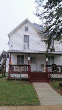 1056 Oak St  Beloit , WI  53511  - $45,000  #BeloitWI #BeloitWIRealEstate Click for more pics