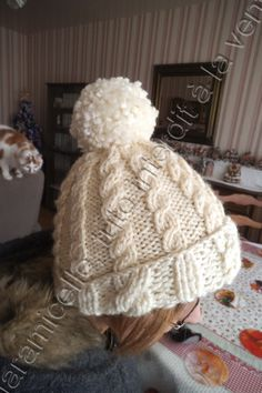 free tutorial, Irish hat with pompom for adult - Knitting 02 Bonnet Crochet, Diy Crochet, Knit Beanie, Beanie Hats, Layette Pattern, Sewing Online, Irish Hat, Knitted Hats, Crochet Hats