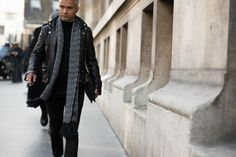 http://chicerman.com  billy-george:  Spotted in Paris  #streetstyleformen