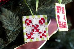 tiny quilted ornaments!!!  the cuteness is killing me!!!    (a quilt is nice: christmas projects)