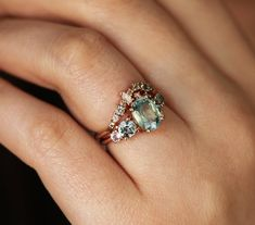 Green Engagement Rings, Green Sapphire Engagement Ring, Green Sapphire Ring, Cluster Ring, The Sapphires, Green Rings, Ring Verlobung, White Gold, Pastel