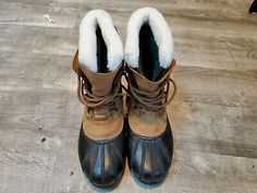 Sizing: I generally wear a size boot. These are a 9 and slightly small, I say. Winter Snow Boots, Suede Leather, Men's Shoes, Link, Clothing, Accessories, Ebay, Fashion, Moda