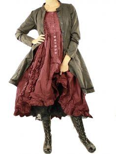 Black pettitcoat skirt Ewa i walla   I love love love everything about this outfit!!! I would wear this!!!