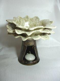 Reny & Katy, keramická plastika, Olejová lampa - Kvet, 69 €, výška 17 cm, predané