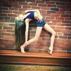 Morgan age 13, dancer photo, Stacey's dance studio, contemporary dance, abstract dance pose