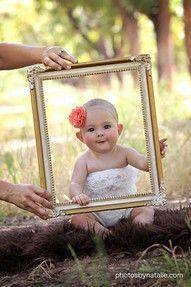 Baby photo idea. Cute idea picture!