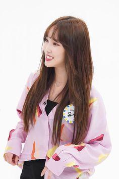 [주간아이돌 X 여자친구] 세상에서 가장 기다려질 열대야 : 네이버 포스트 Kpop Girl Groups, Korean Girl Groups, Kpop Girls, Gfriend Yuju, Weekly Idol, Cloud Dancer, G Friend, Meme Faces, Pop Group
