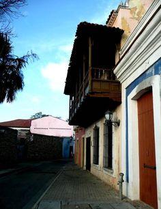 Calles coloniales de Puerto Cabello, Edo. Carabobo, Venezuela