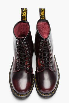 Burgundy Brushed Leather 1460 8-Eye Boots. Love this colour of docs. Going to get some but in the shoe