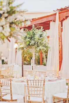 Enchanting Gold Desert Wedding | Stunning Centerpieces & Gold Wedding Chairs | Imoni Events | www.weddingchicks.com