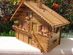 Maquettes bois - Chalet tout droit sorti de mon imagination en orme - Vous êtes fan de modélisme ?