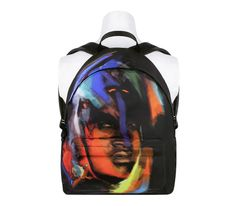 Le backpack arty de Givenchy