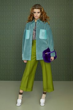 Fendi Pre-Fall 2019 Fashion Show- OverSize Teal Coat layered with green pants Fendi Pre-Fall 2019 Collection – Vogue Look Fashion, Trendy Fashion, Winter Fashion, Womens Fashion, Fashion Design, Fashion Trends, Ladies Fashion, Fashion Ideas, Feminine Fashion