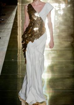 Georges Chakra at Couture Fall 2012 - Runway Photos Georges Chakra, Style Couture, Couture Fashion, Fashion Week, Fashion Show, Fashion Design, Paris Fashion, Runway Fashion, Plus Size Maxi Dresses