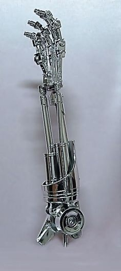 Terminator T-800 Endo Arm - Right Hand - 21 Inches Model KIT - ARTICULATED 1:1