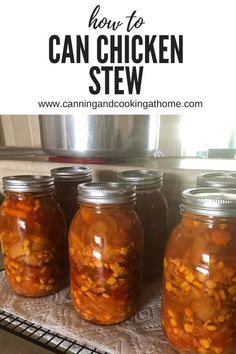 Chicken Stew for Pressure Canning; vegetables and chicken make this hearty, great tasting stew. Canning Soup, Canning Recipes, Canning Tips, Canning Pressure Cooker, Pressure Cooker Chicken, Mason Jar Meals, Meals In A Jar, Mason Jars, Canned Chicken