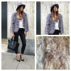 Lovely featherjacket. <3