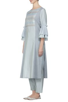Buy Hand embroidered kurta set by Devnaagri at Aza Fashions Latest Kurta Designs, Salwar Designs, Kurti Neck Designs, Kurta Designs Women, Sleeve Designs, Blouse Designs, Dress Designs, New Designer Dresses, Indian Designer Suits