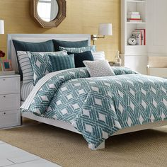 Dress your bed in classic style with the refined Nautica Caswell Duvet Cover Set. Adorned with a diamond lattice ikat pattern in calming shades of teal and ivory, the timeless bedding instantly brings a crisp and clean look to your bedroom. College Comforter, Twin Xl Comforter, Queen Comforter Sets, Queen Duvet, Duvet Sets, Duvet Cover Sets, King Duvet Set, Bed Styling, Bedding Collections