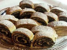 Diós - mákos bejgli, mindig így sütöm, ez a recept felülmúlhatatlan! - Egyszerű Gyors Receptek Hungarian Recipes, Minion, Muffin, Food And Drink, Bread, Breakfast, Dios, Morning Coffee, Brot