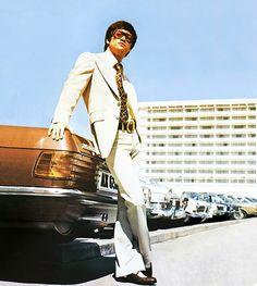 Bruce Lee style circa 60's?