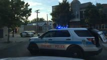 Off-Duty Chicago Police Officer Grazed in Shooting - http://www.nbcchicago.com/news/local/off-duty-chicago-police-officer-grazed-in-shooting-392284121.html