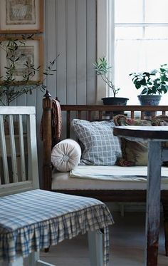 forget me not / Country Blue ~ Country Decor, Decor, Cottage Style, House Interior, Home, Swedish Decor, Cottage Decor, Swedish Interiors, Cottage Interiors