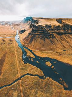 Pictures of Scotland you will want to add to your Scotland road trip itinerary! Europe Bucket List - #avenlylanetravel #scotland #travel #scottishhighlands #unitedkingdom #hiking #adventuretravel #adventure #river #outdoors #travelitinerary #roadtrip #scottish - Read the full article at www.avenlylane.com