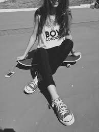 Resultado de imagen para tumblr skate girl