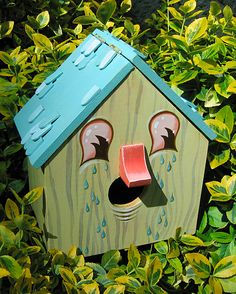 When it comes to birds, avid watchers know that you can never have too many bird houses in your yard. Birds appreciate these items during the nesting and migration seasons, which can just about cover the entire year in some areas. Bird Houses Diy, Fairy Houses, Wood Houses, Bird House Feeder, Bird Feeders, Wood Animals, Birdhouse Designs, Bird House Kits, Bird Aviary