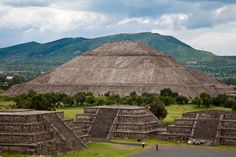 Pyramid of the Sun, the third largest pyramid in the worldавтор: Fotopedia Editorial Team