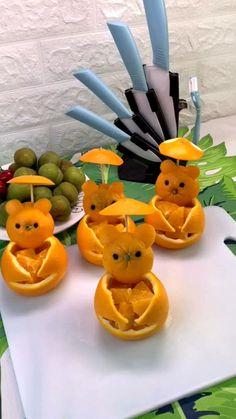Easy Food Art, Food Art For Kids, Creative Food Art, Diy Food, Amazing Food Decoration, Amazing Food Art, Fruit Platter Designs, Kreative Snacks, Food Garnishes