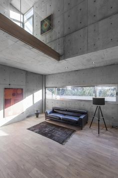 Minimalist Home Interior bracket design studio completes concrete villa 131 Minimalist Home Interior, Home Interior Design, Interior Architecture, Futuristic Architecture, Interior Ideas, Exterior Design, Interior Inspiration, Design Studio, House Design