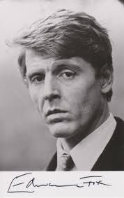 Edward Fox, OBE (born 13 April is an English stage, film and television actor. Hollywood Men, Golden Age Of Hollywood, Hollywood Stars, Classic Hollywood, Actors Male, Actors & Actresses, Edward Fox, Cinema Actress, Iconic Movies